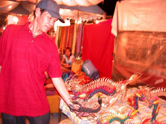 Jute animals, night market Chiang Mai