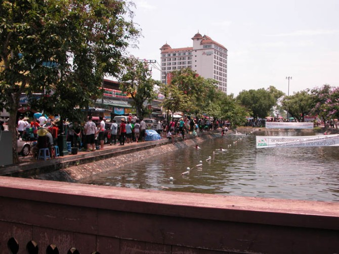 This canal on Moonmaung Road, Chiang Mai, was almost empty by the time Songkran had finished. Bucket by bucket...