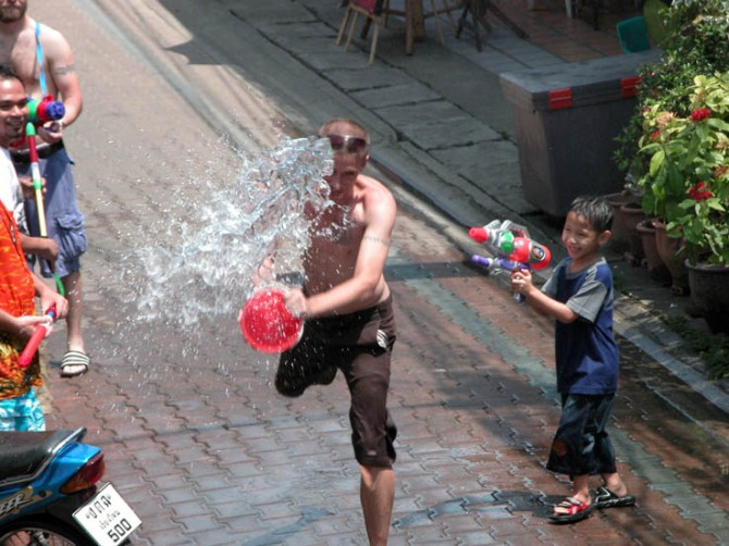 Another Songkran action shot.