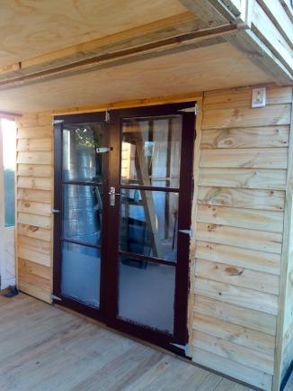 Brown doors 2